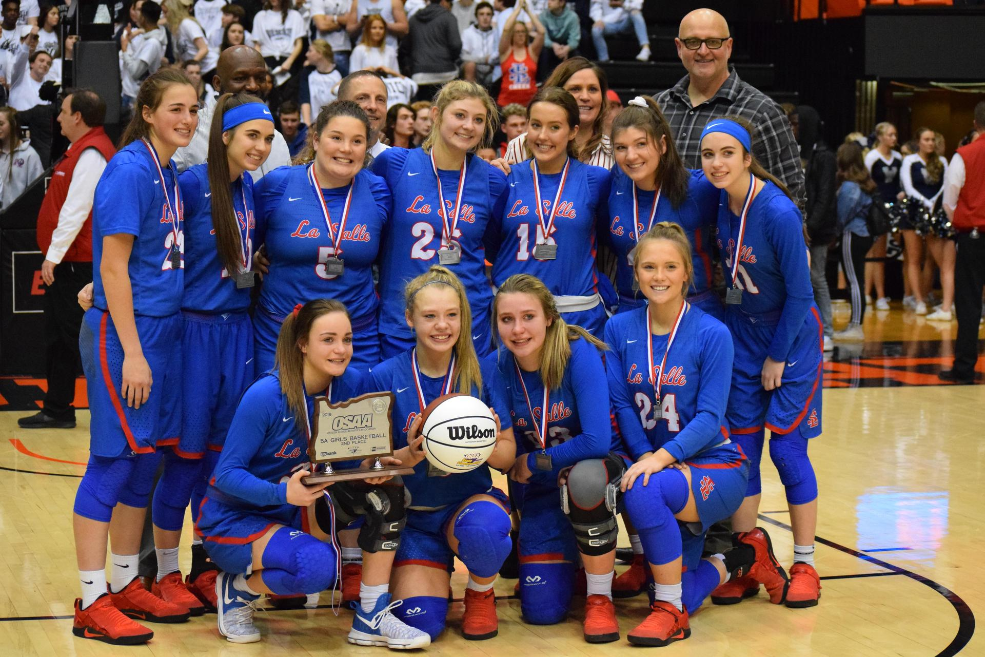 girls bb state playoff team photo