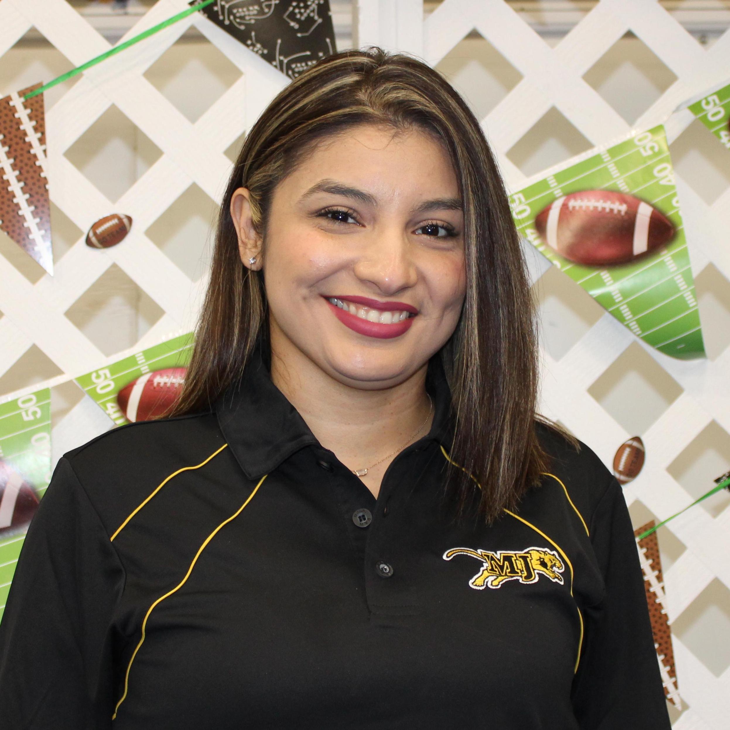Jennifer Garza's Profile Photo