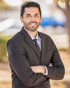 Financial Analyst, Jorge Godinez