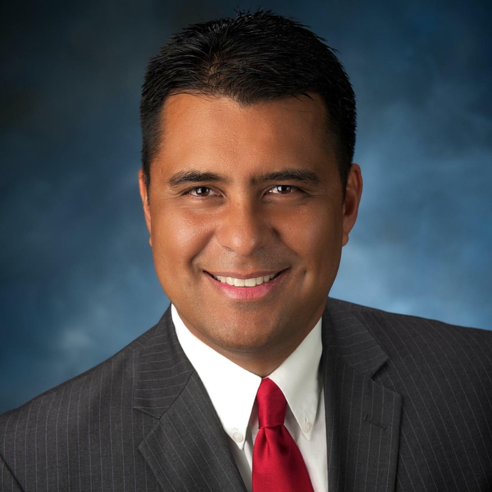 Rolando Morales's Profile Photo