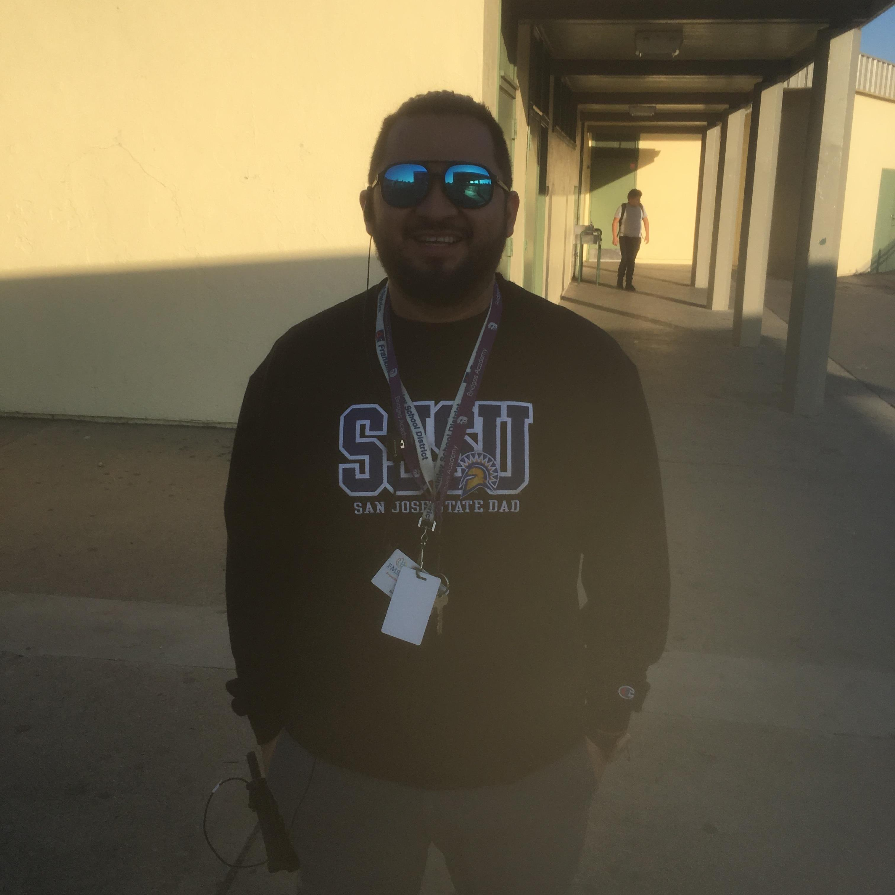 Israel Velazquez's Profile Photo