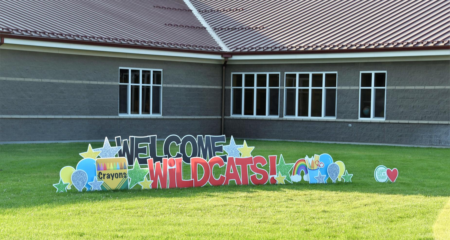 Welcome Wildcats yard sign