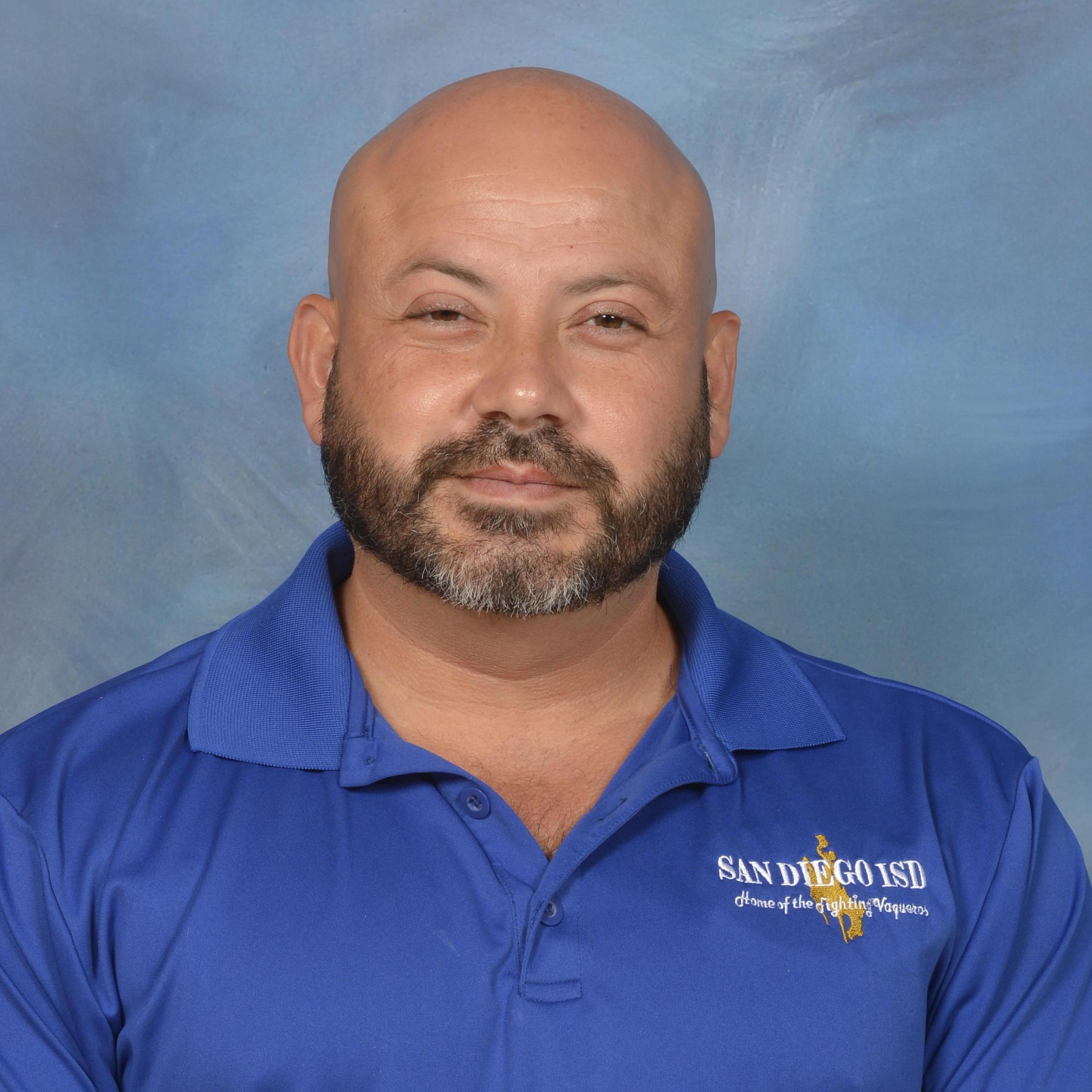 Javier Saenz's Profile Photo