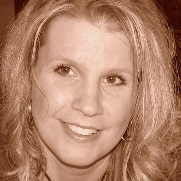 Leah Kenison's Profile Photo