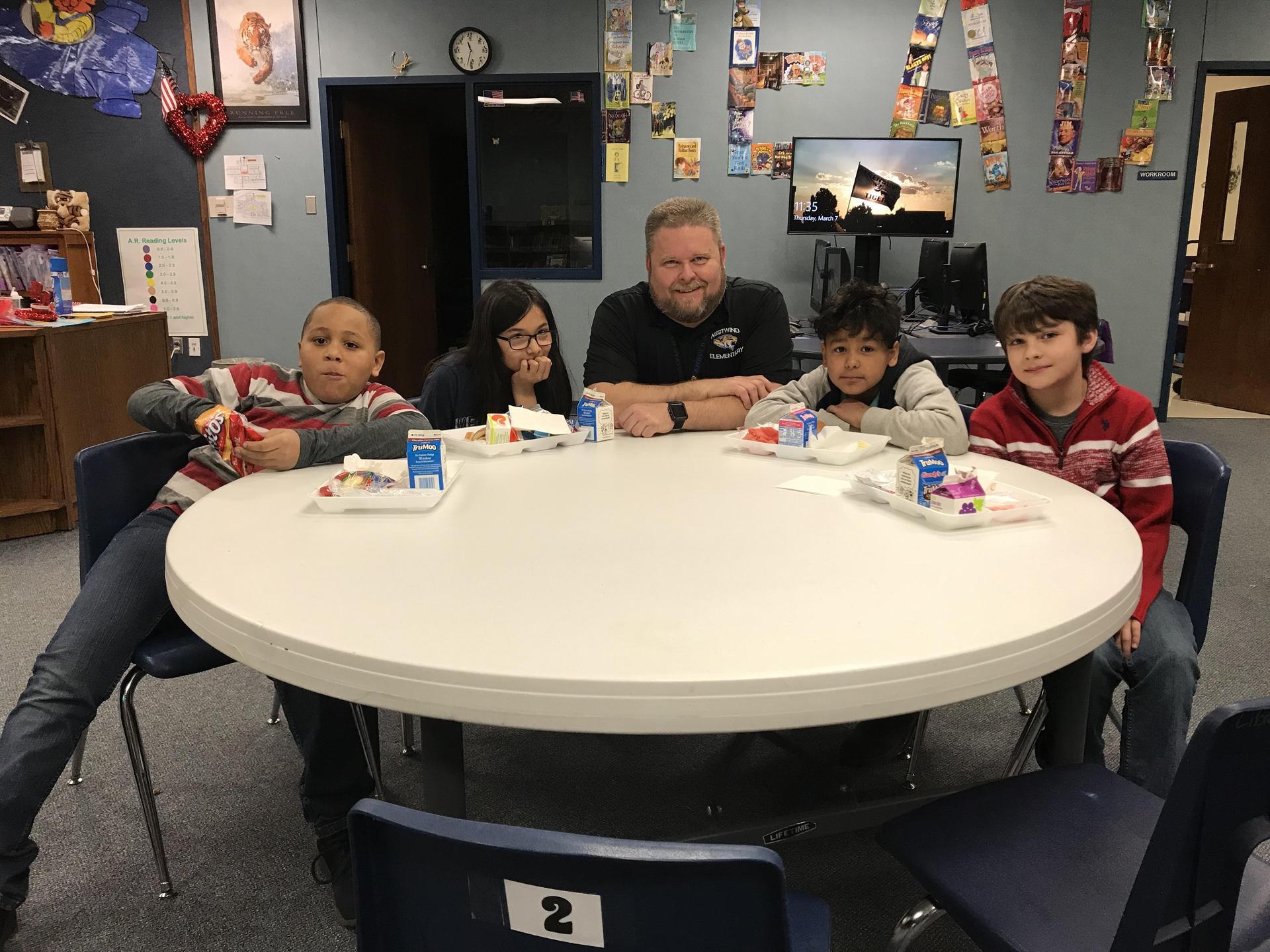 principal with kids