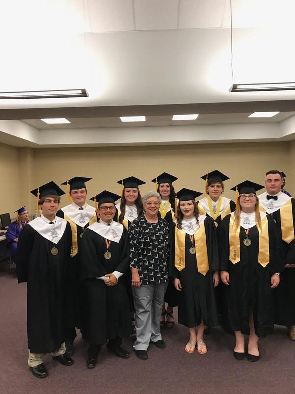 2018 AP Calculus seniors all receive qualifying scores!! Featured Photo