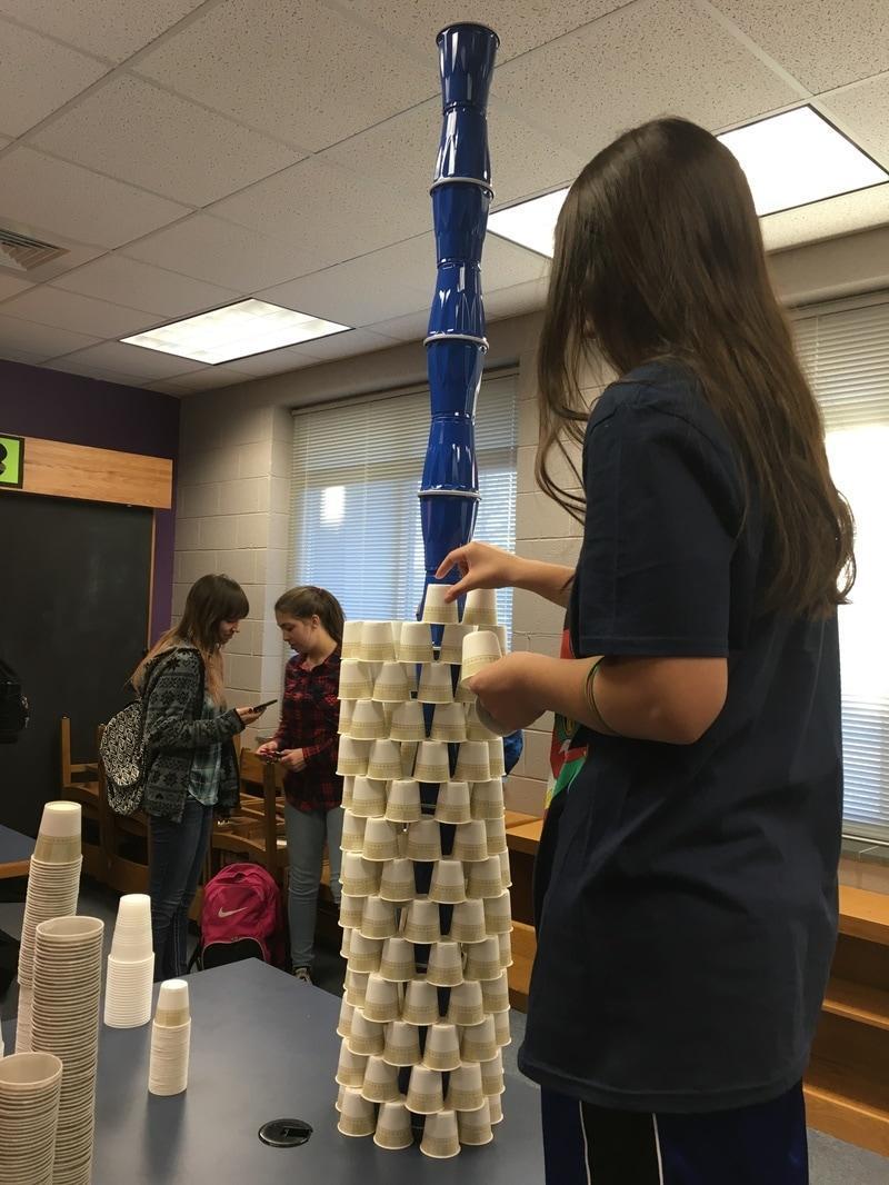 kids working in STEM lab