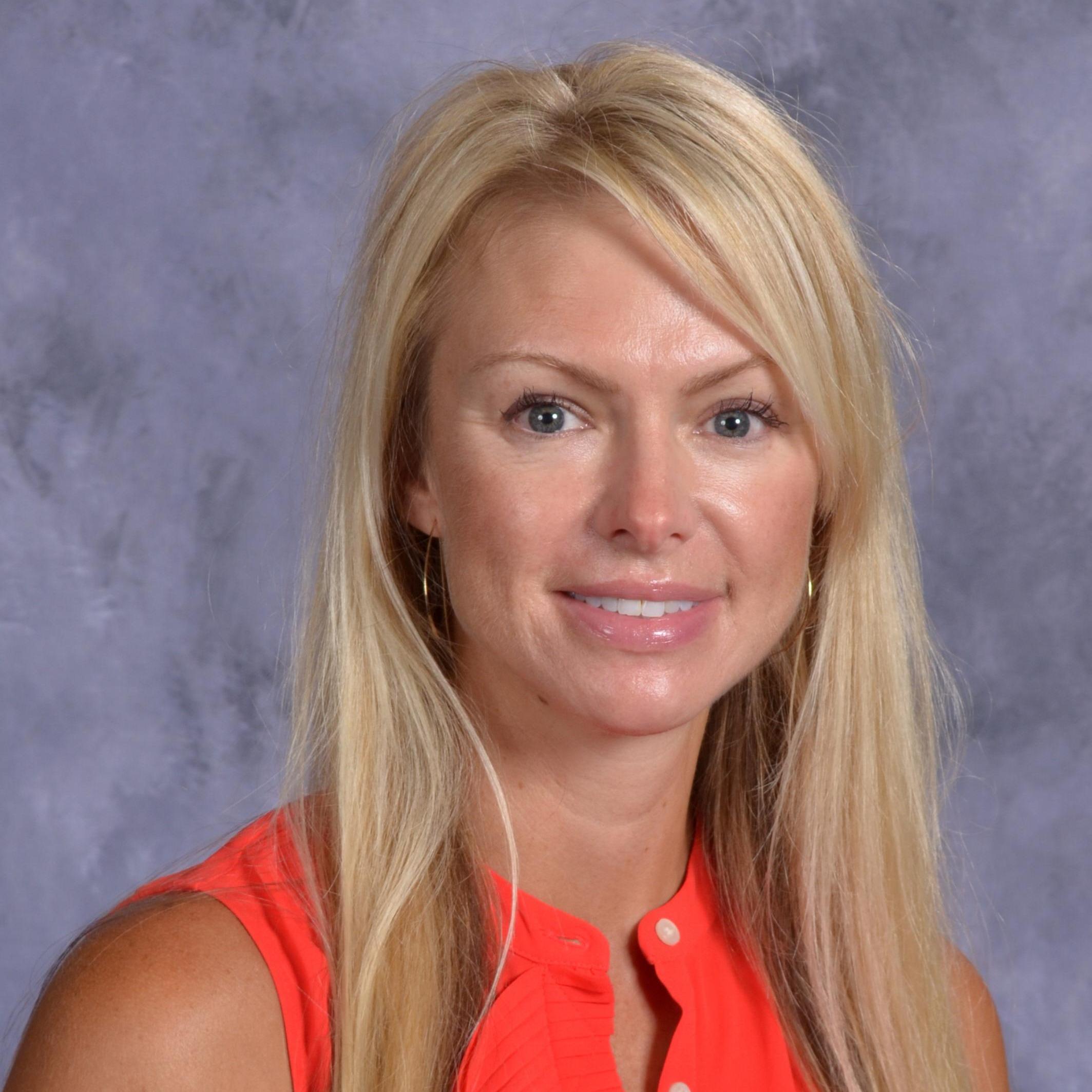 Elizabeth Moorlag's Profile Photo