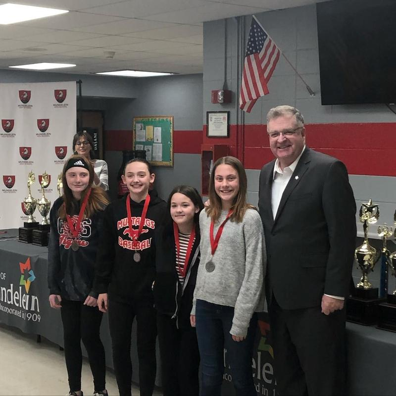 Winning students with Mundelein Mayor Steve Lenz