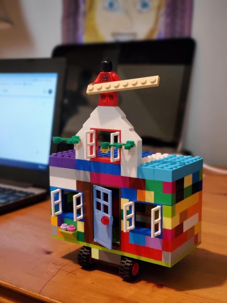 Lego house on wheels