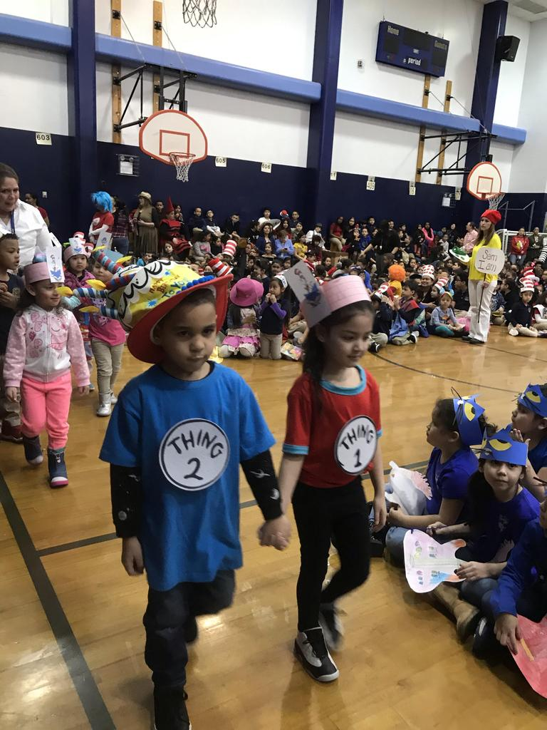 children dressed as things 1 & 2