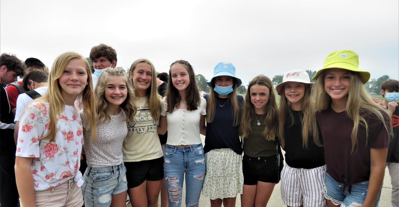 TKMS 8th graders celebrate their last day of middle school.