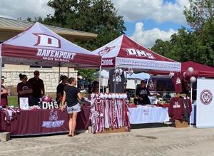 Campus Booths at Garden Ridge Market Days