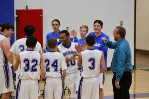 Lucerne Valley Basketball team all smiles.jpg