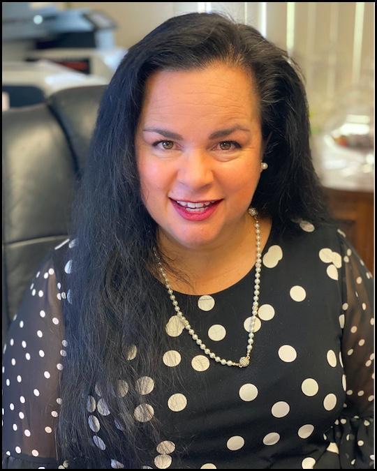 Lori Smock Headshot