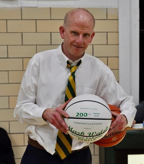 Coach Walsh, '85, celebrates his 200th career win in 2019
