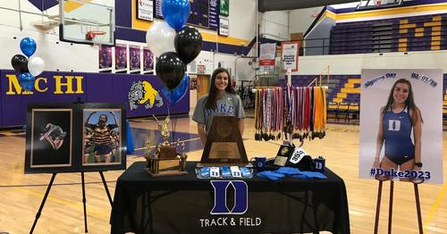 Hannah Kelly signs with Duke University