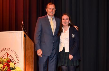 Maria Noyes Receives Rising Senior Award Featured Photo