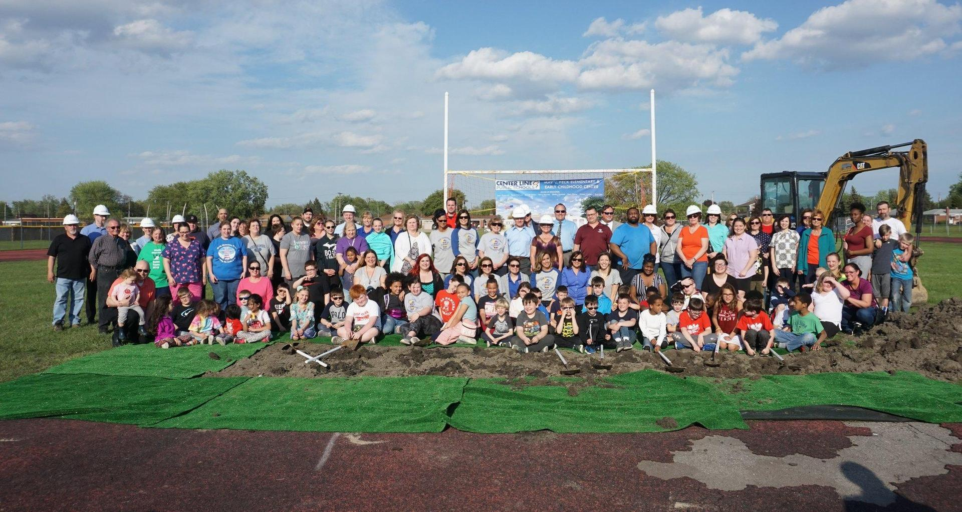 Students, staff, Board, and administrators at Peck Groundbreaking ceremony