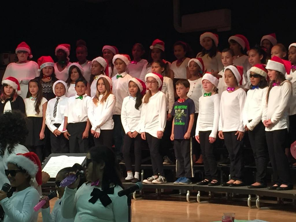 Ramona choir Christmas performance.