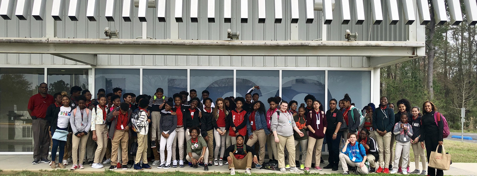 photo of the Baker Middle science students field trip to LIGO, the Laser Interferometer Gravitational-Wave Observatory.