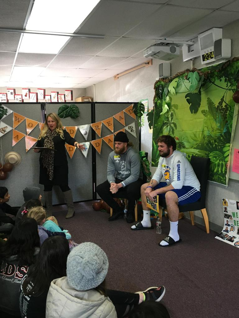 Tamara introduces SJSU football players