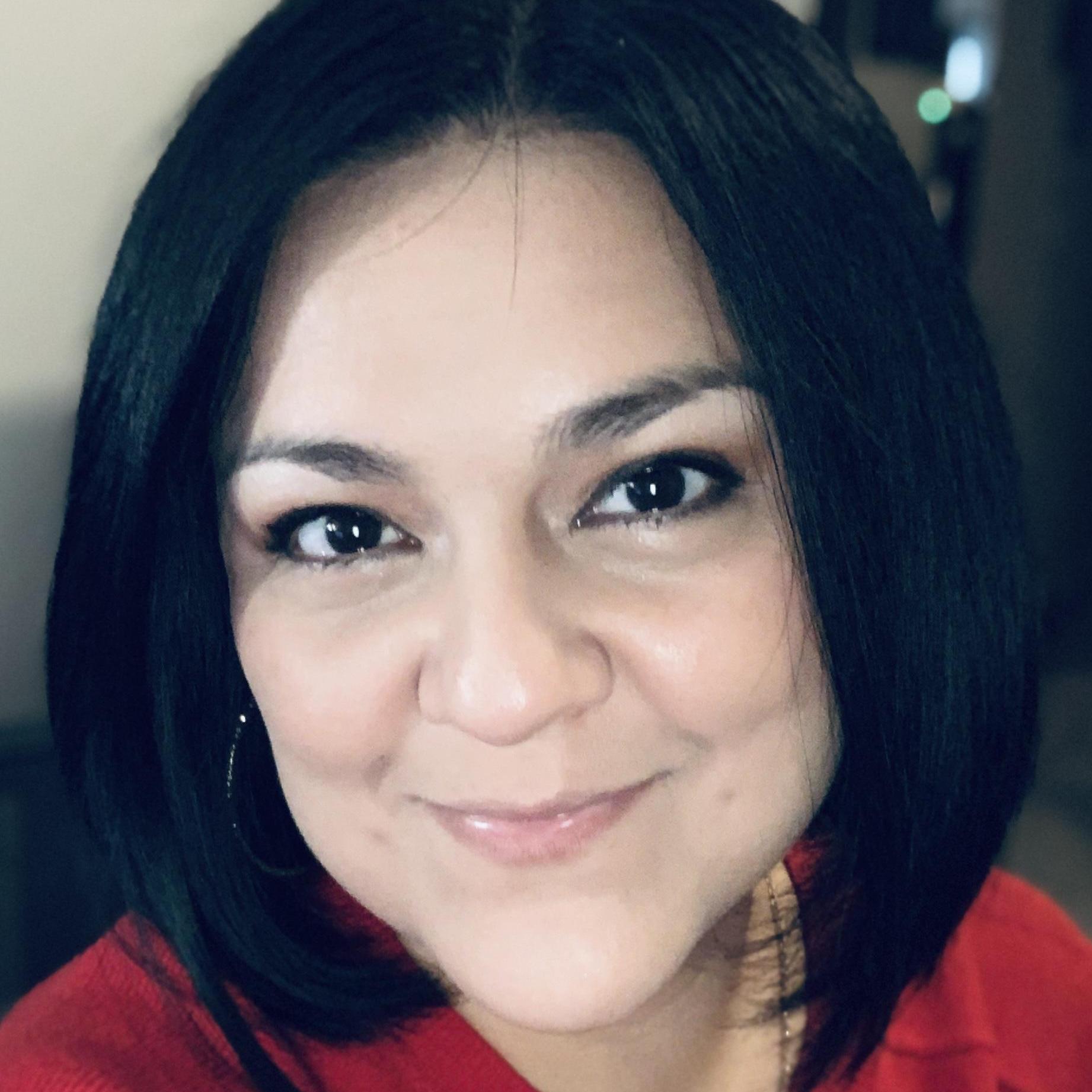 Yvonne Perez-Fuentes's Profile Photo