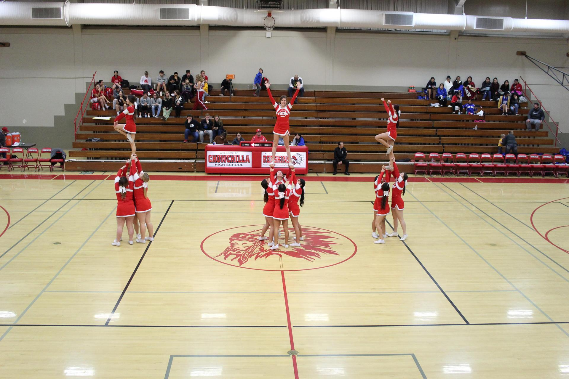 Varsity Cheer at Avenal game