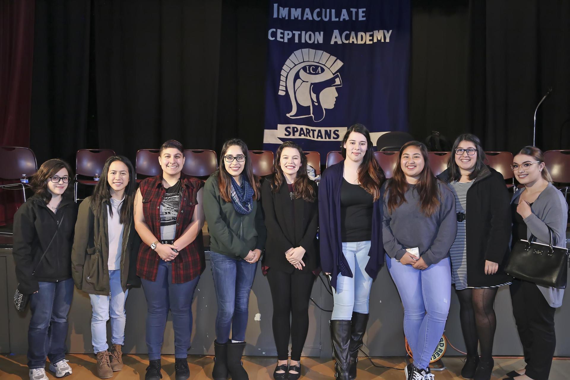 alumnae panel photo