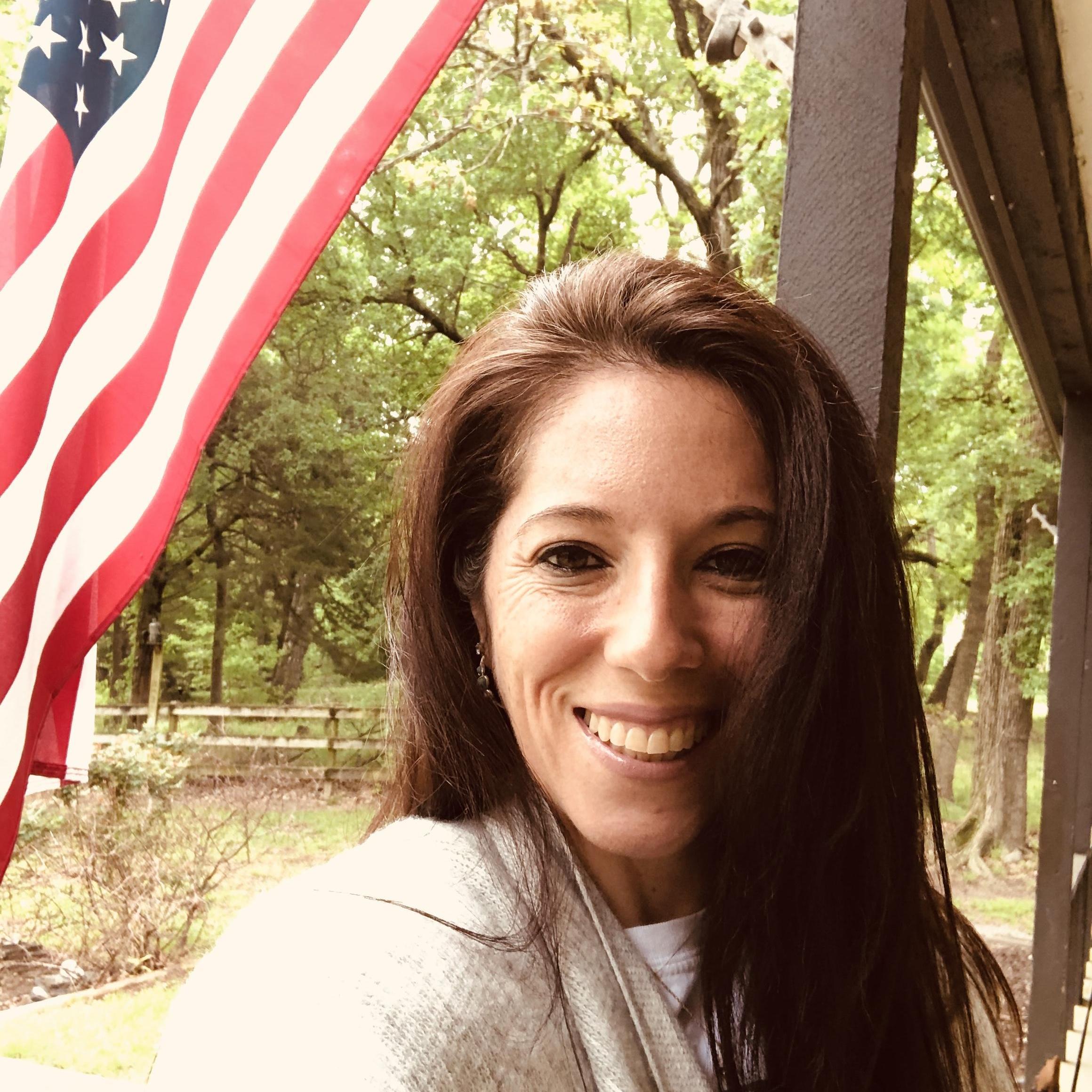 Lorie Hanna's Profile Photo