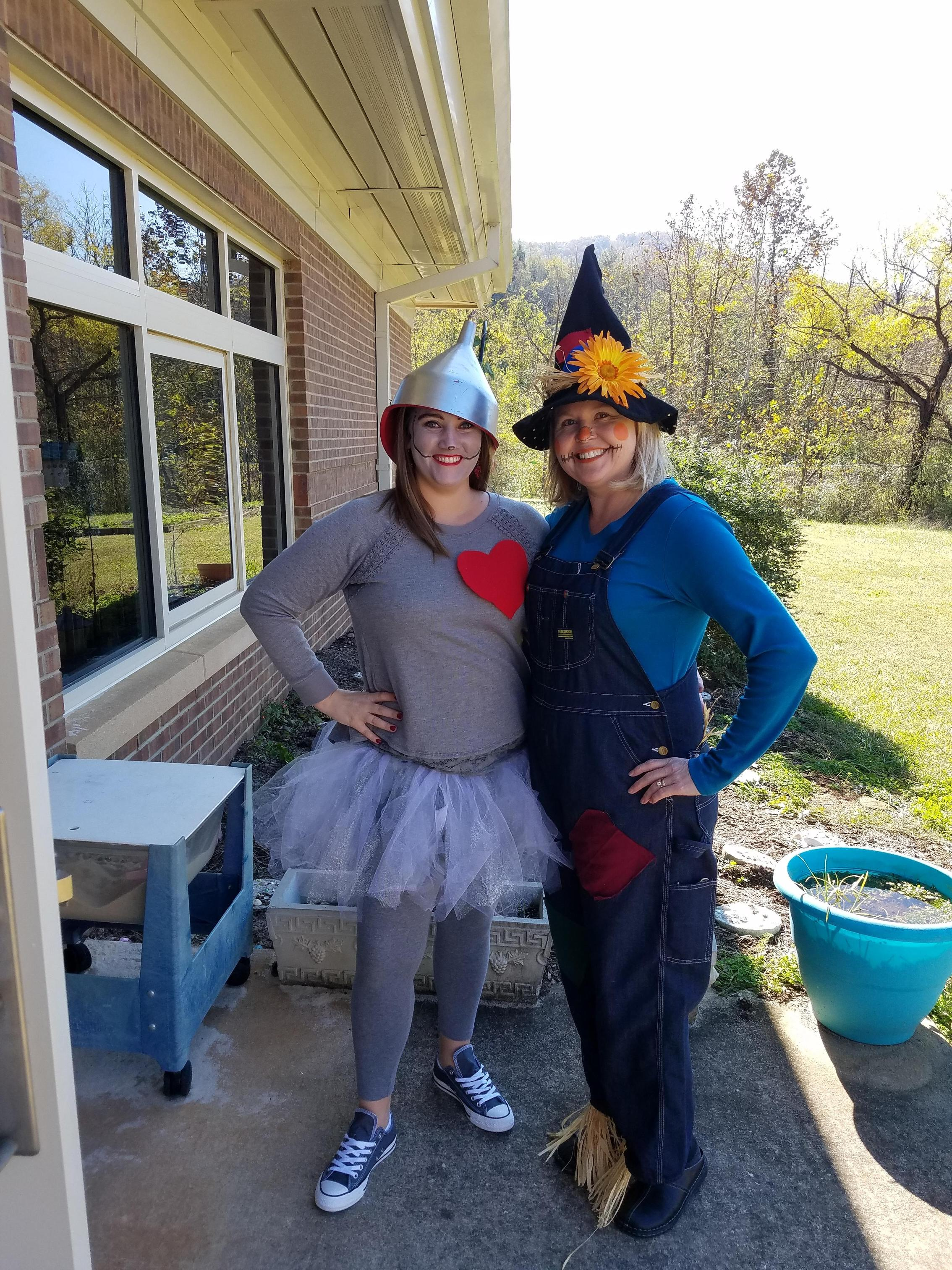 tin man and scarecrow