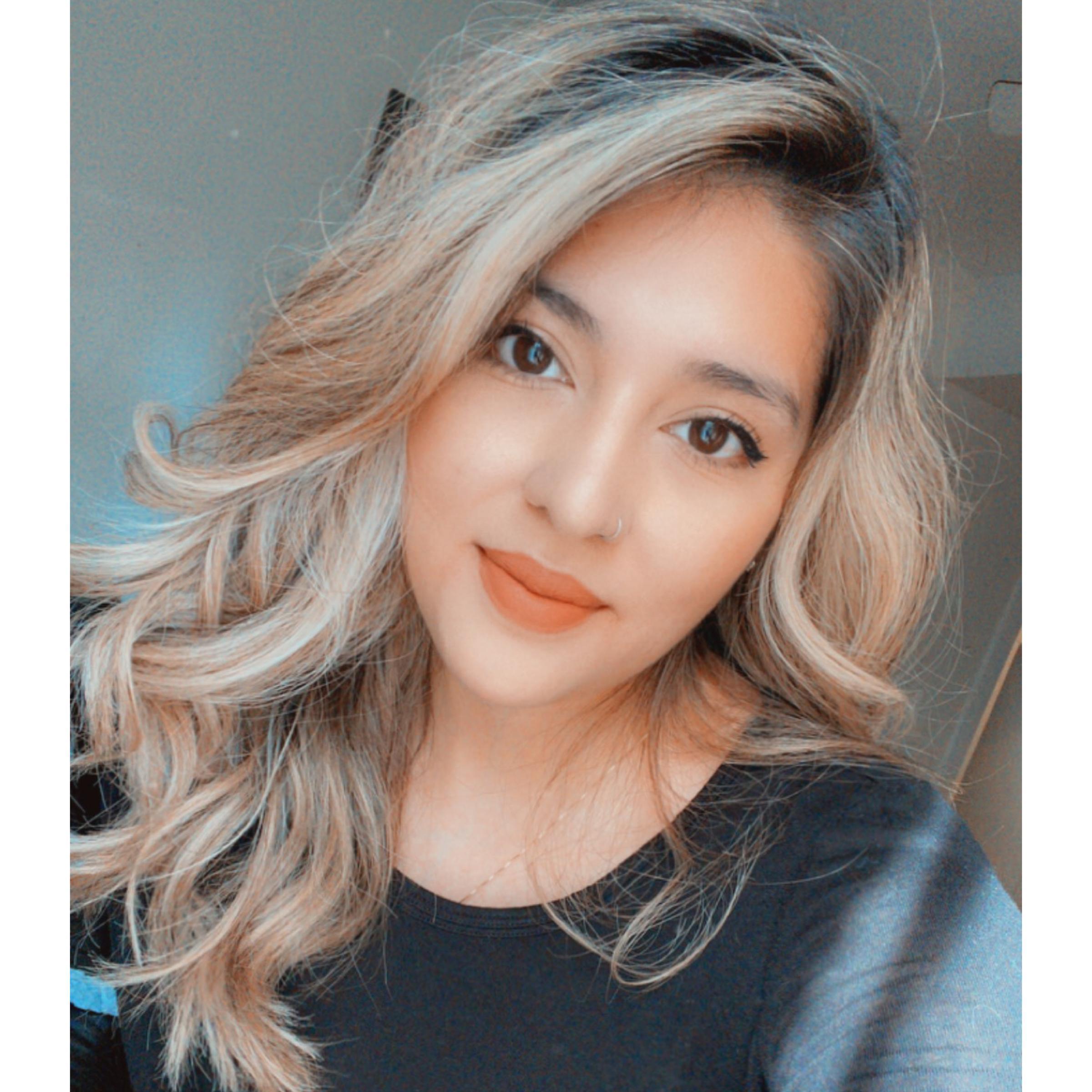 Elsa Romero Flores's Profile Photo