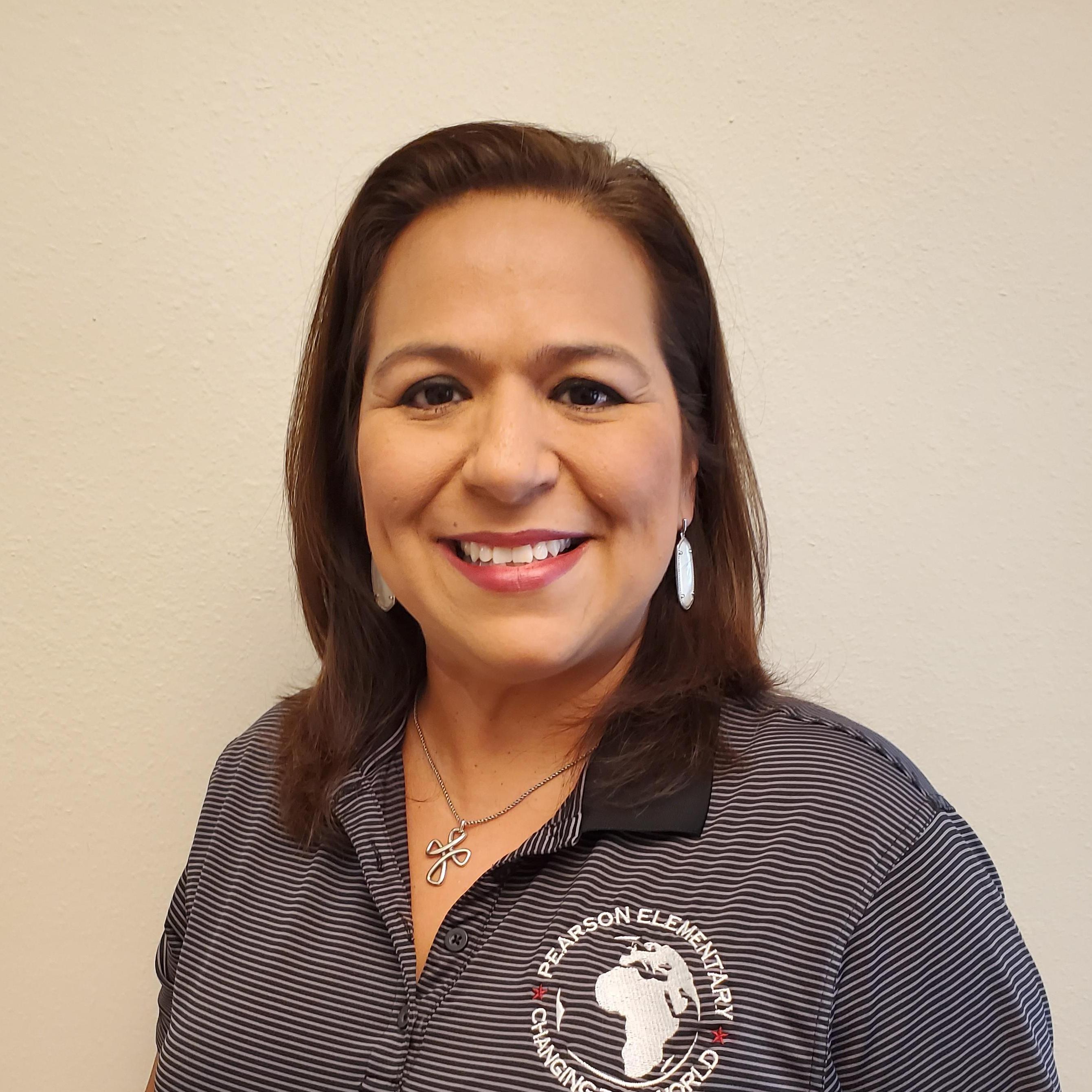 Claudia Garza's Profile Photo