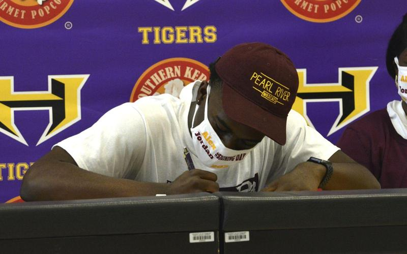High School Senior Alex Jordan Signs with PRCC Featured Photo