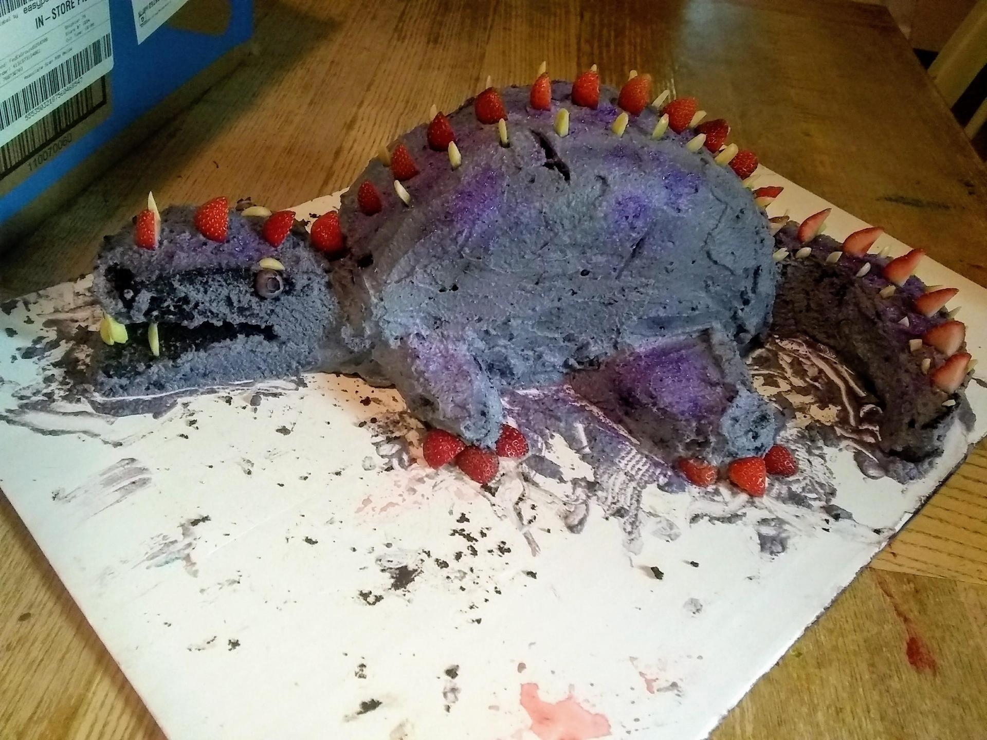 a dragon shaped cake