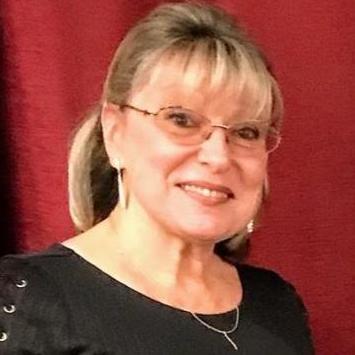 Miroslava Komarov's Profile Photo