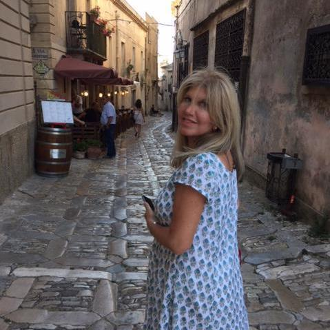Simona Auerbach's Profile Photo