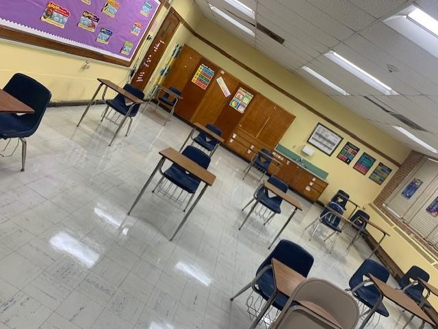 photo of Baker Middle Classroom Ready for the Covid-19 Teaching and Learning