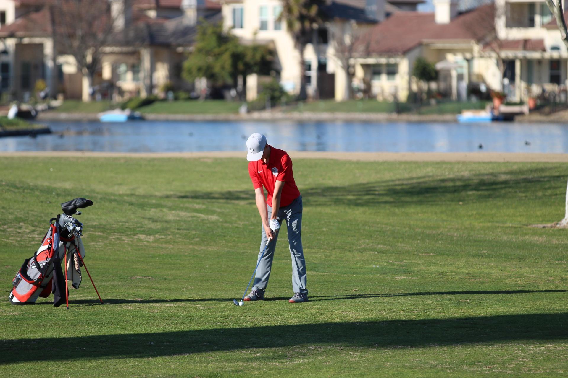 boys playing golf against Los Banosboys playing golf against Los Banos