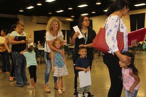 Kindergarten students and parents at 2018 registration roundup