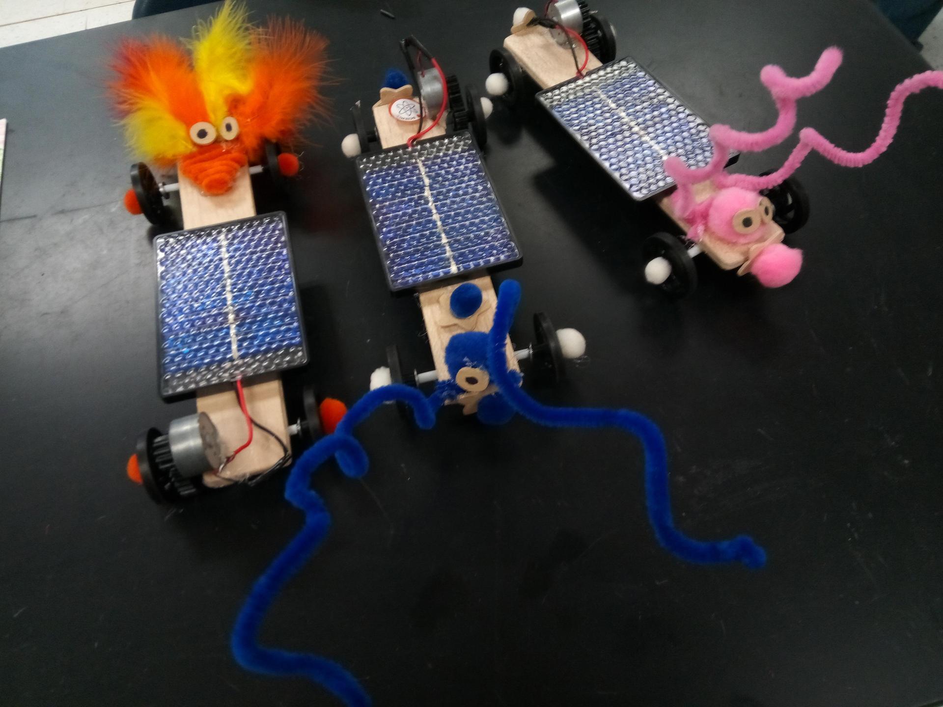 Summer Camp Solar cars