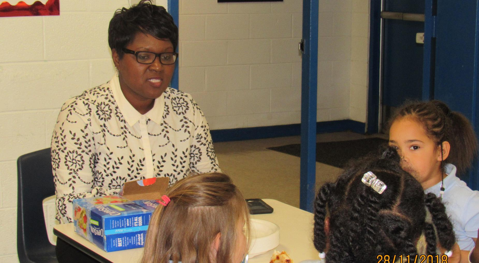Good Citizens Pizza with the Principal