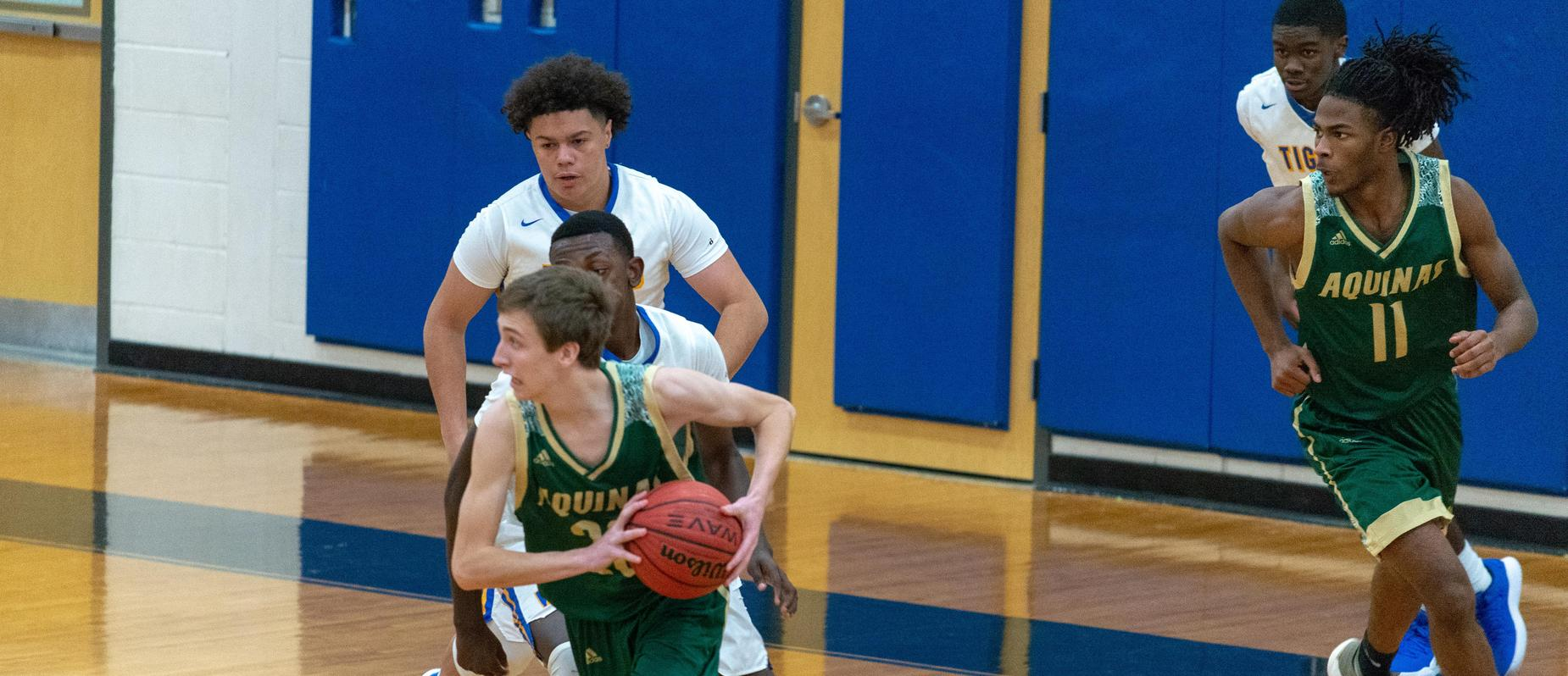Basketball against Washington Wilkes