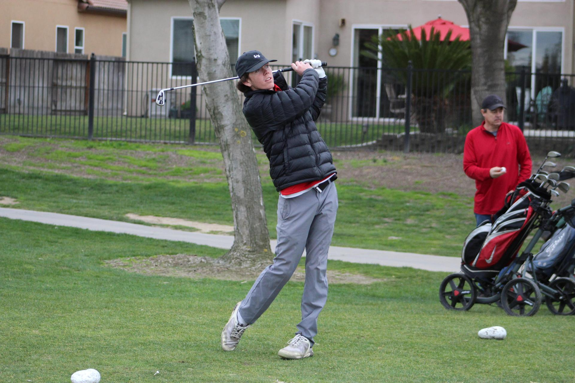 Chowchilla high boys golfing against Madera South
