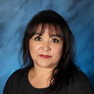 Lori Olivares's Profile Photo