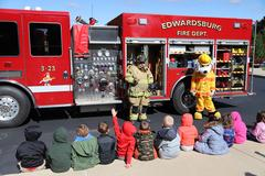 Firefighters_Visit_Students