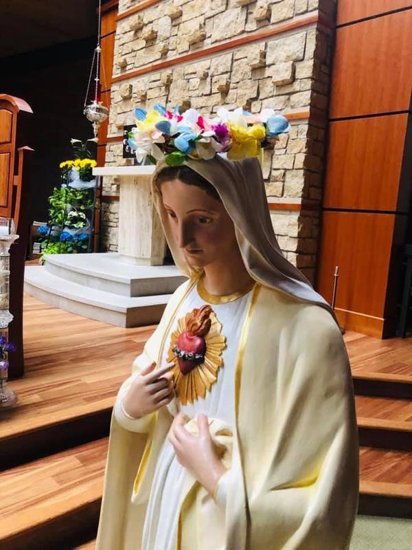Mary 2.jpg