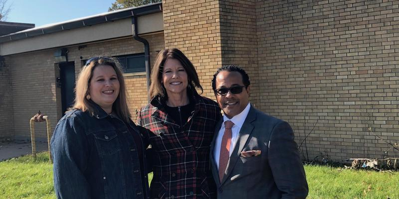 Congresswoman Bustos Tours Horace Mann Early Learning Center Featured Photo