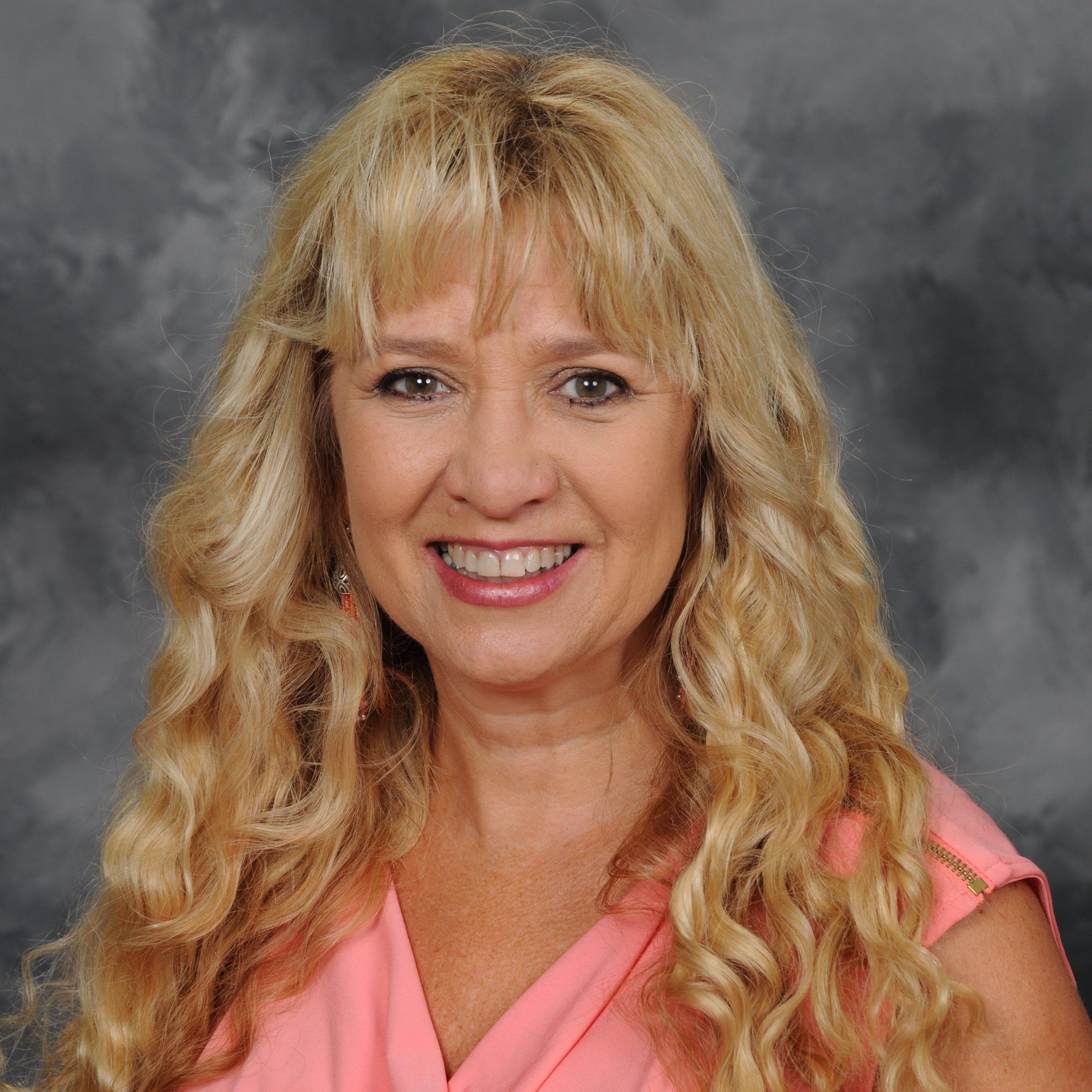 Suzy McKinney's Profile Photo