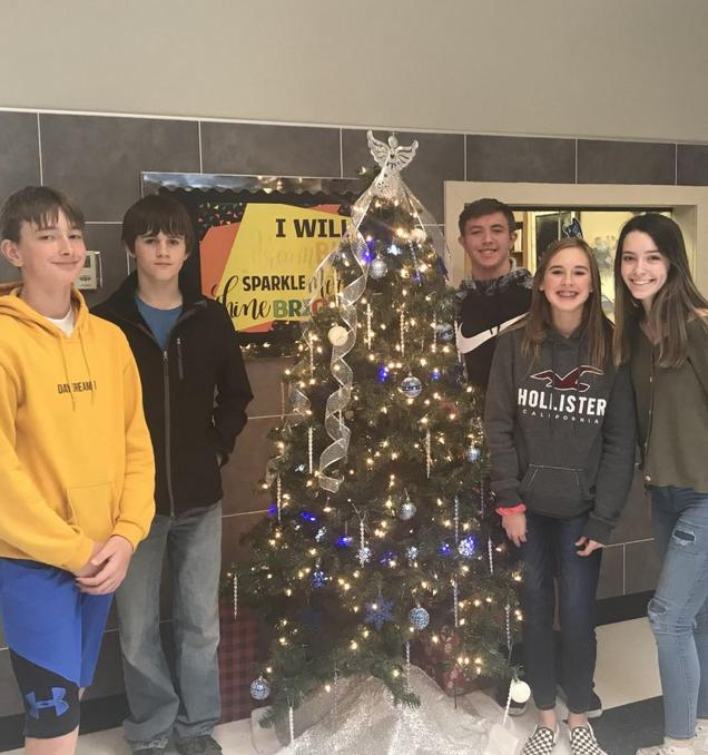 Junior High Christmas Tree with students.